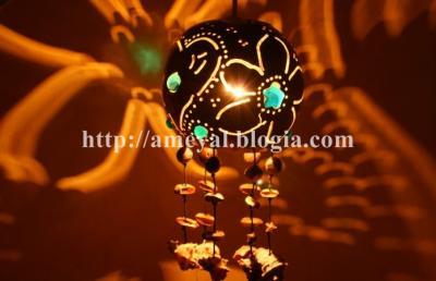 lampara con flor y corazon
